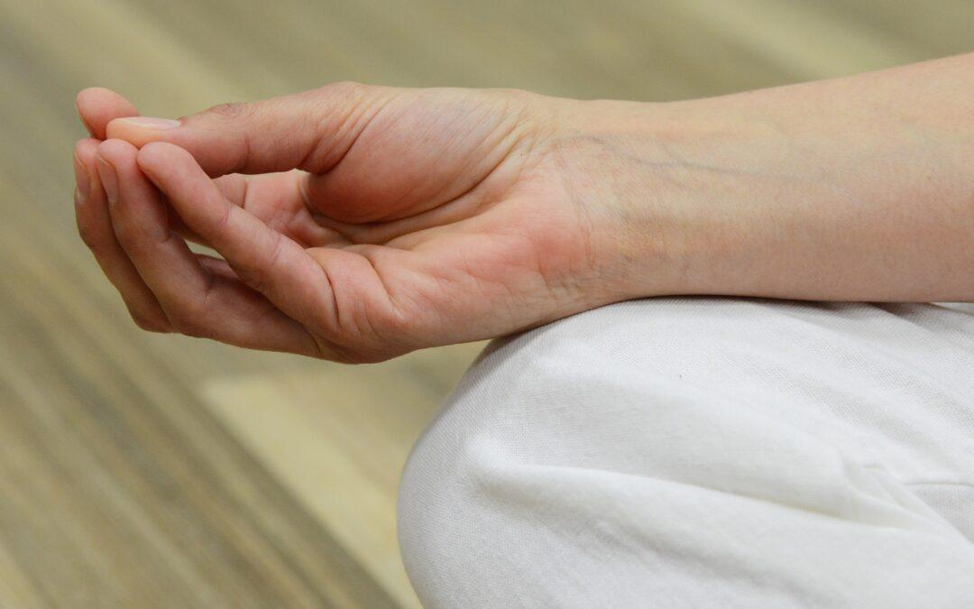 Vejen ud af spiseforstyrrelsen med yoga og terapi